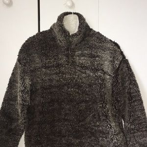 altard state fuzzy pullover (true grit)
